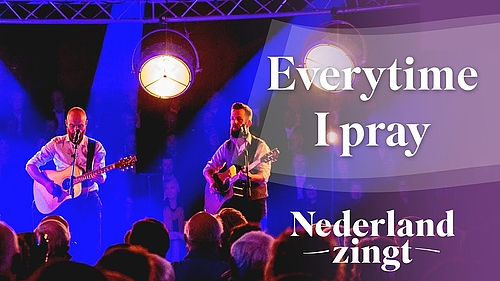 The Bowery zingt 'Everytime I Pray'